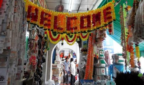 Welcome in flowers in Little India