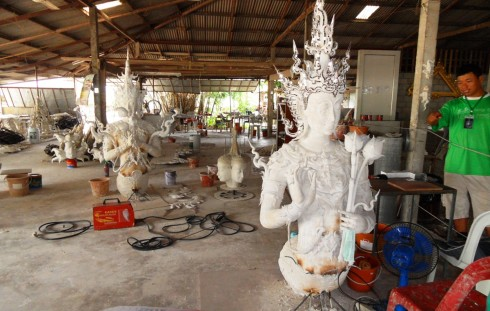 color photo of the workshop at the White Temple in Thailand